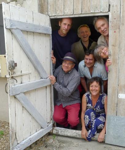 Deux Mètres, Philippe Jouhanneau, Jean-Michel Jouhanneau, Benoît Déchelle, Dinhut, Michèle T. Perbet et Anne Bouin