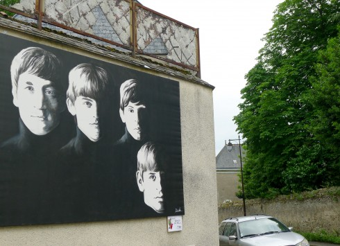 """""""With The Beatles"""" - Acrylique sur toile - 2x 3 m - Nov'art parcours - Villevêque"""